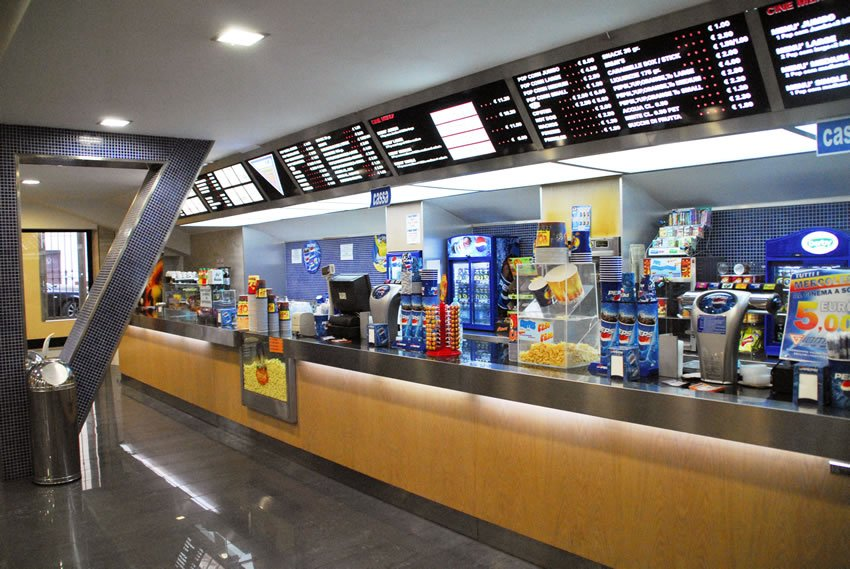 Cinema Movieland Ancona bar