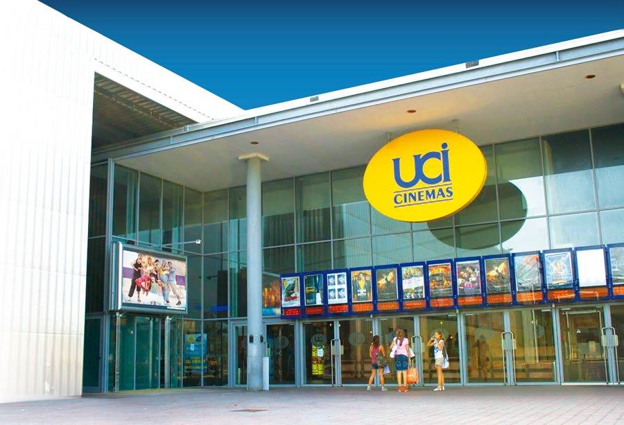 L'ingresso dell'UCI Cinema Romagna a Savignano